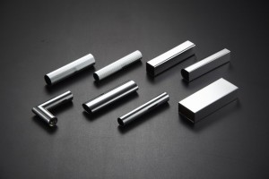 Cromature Inox, alluminio e ottone