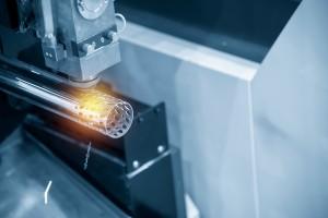 Macchina per taglio laser tubi.