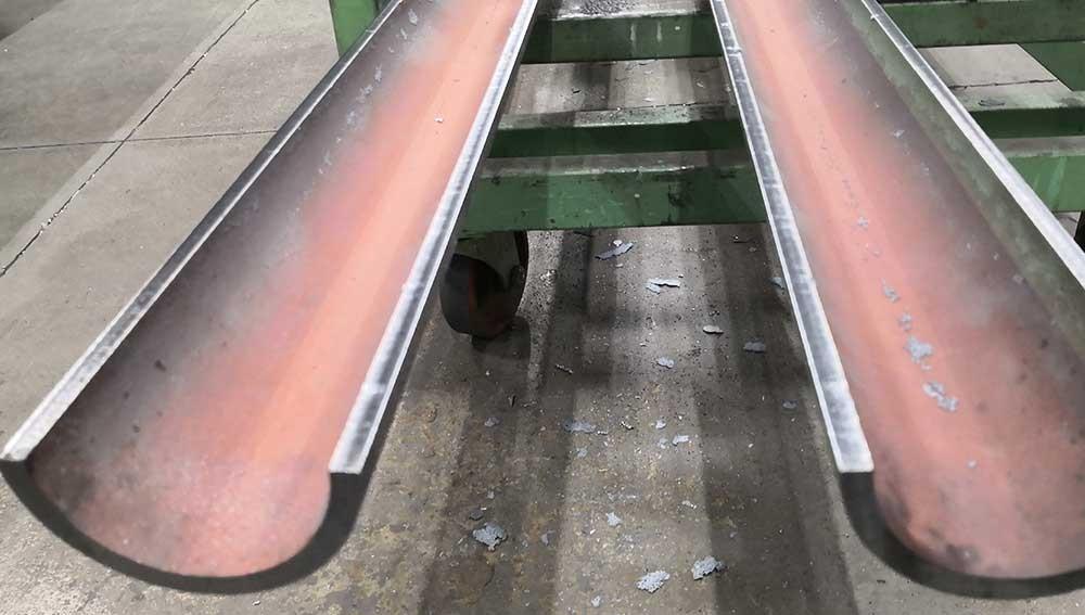 taglio-tubi-verticale