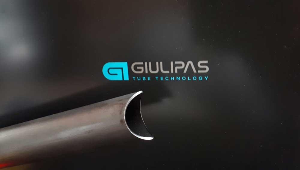 taglio-laser-telaio-moto
