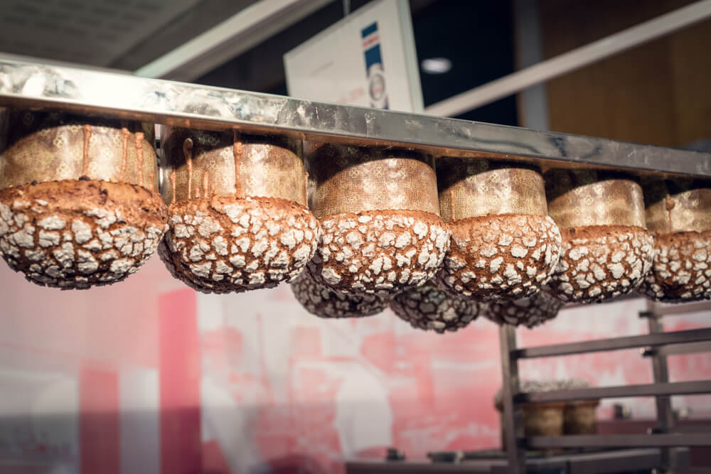 Taglio laser tubi per impianti di pasticceria e panettoni
